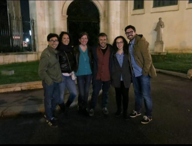 Inés, Carlota, Lourdes y Toni (theGanadors) con Iván y Amaro Ferreiro (theArtists).