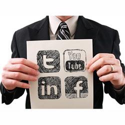 recomendaciones uso redes sociales búsqueda empleo