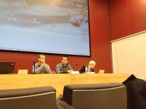 De izda a dcha: Miguel A. Mañez, Iñaki González y Jordi Varela. Mesa Gestión 2.0 #gestiónSVMFyC
