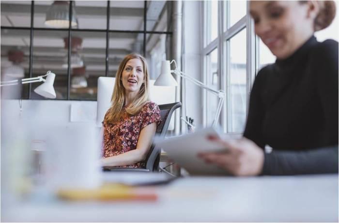 ¿Cómo influye el lugar del trabajo en el bienestar y la productividad deltrabajador?